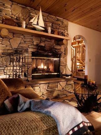 katahdin-plantation-fireplace_4_2018-02-23_14-38